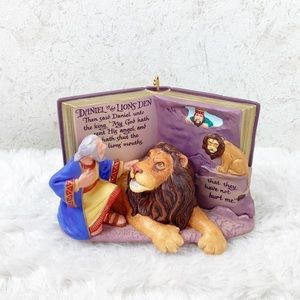 Hallmark 2001 Daniel in the Lions Den ornament